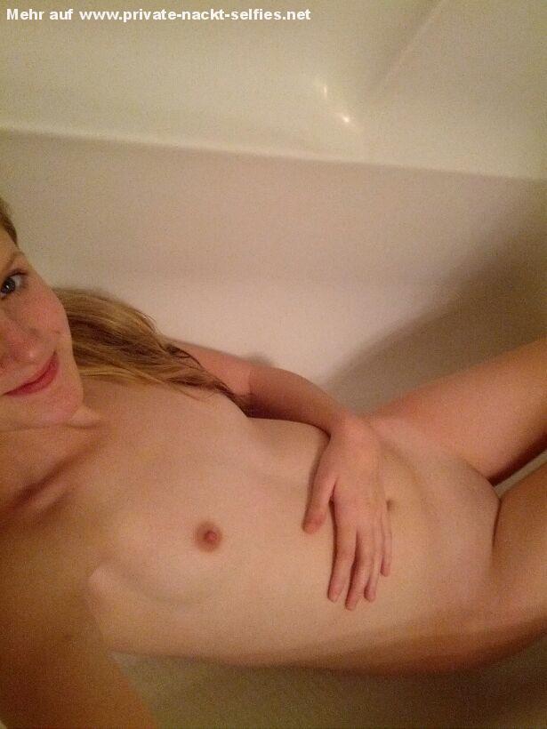 Selfie meiner freundin nackt Ein Selfie