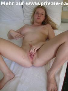 amateur nacktfoto fotze private bilder auf dem bett