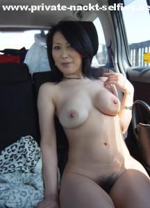 nackt im auto fkk outdoor nude in public