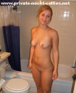 tanja nacktfoto im badezimmer