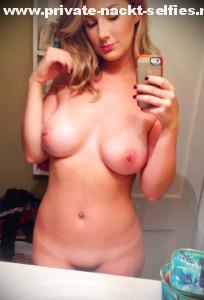 freundin macht nackt whatsapp selfie von sich