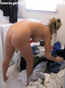 meine frau muss nackt die waesche machen
