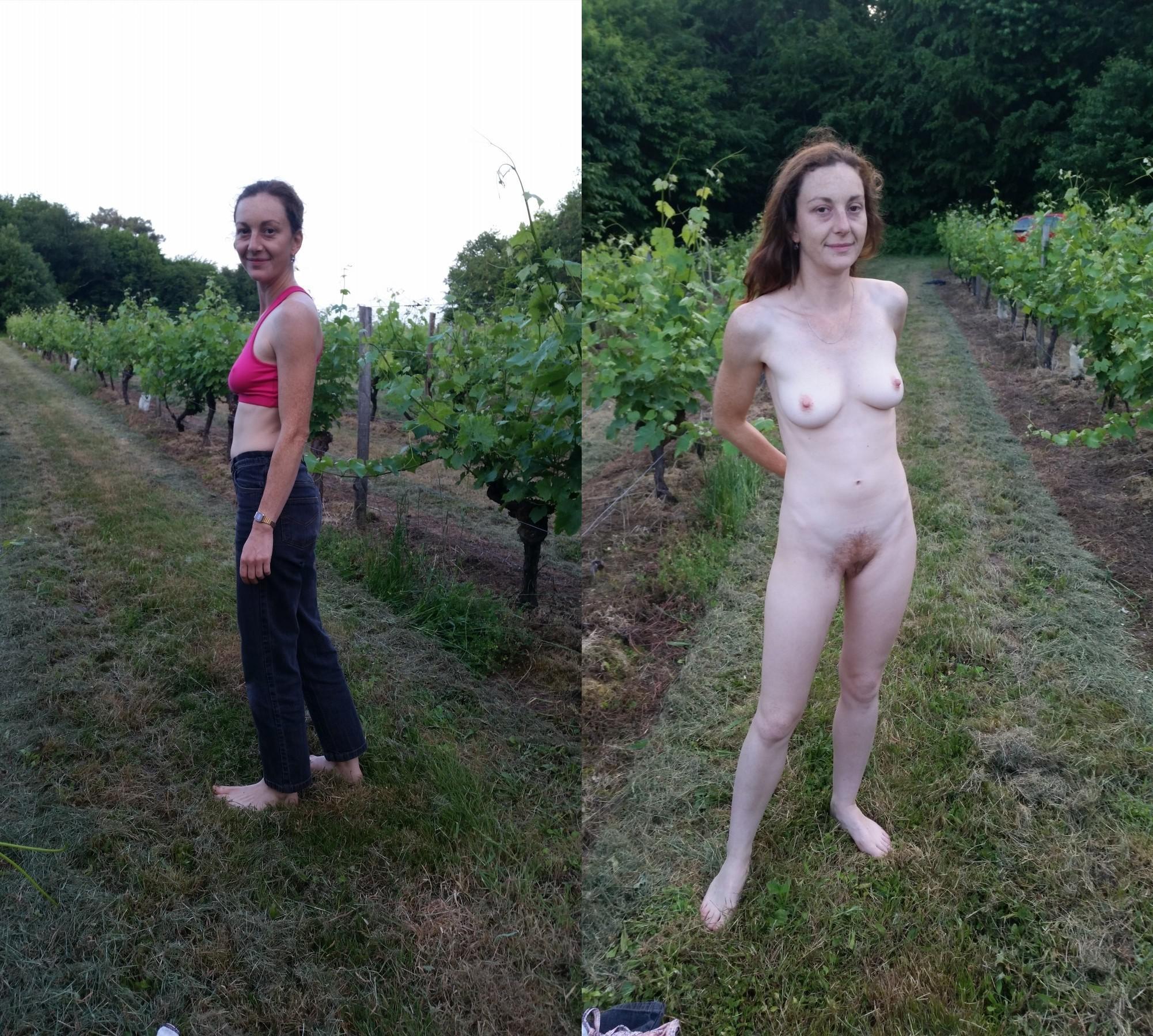 Frau Zieht Sich Nackt Aus